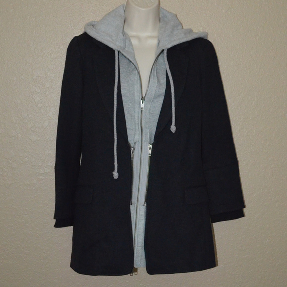 Elizabeth and James Jackets & Blazers - $445 Sz 6 Elizabeth & James Gray Hoodie Jacket